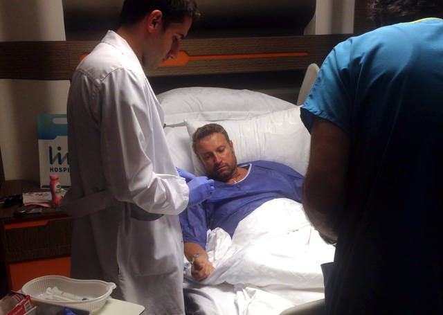 Imagini pentru catalin botezatu spital